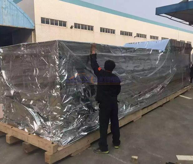 上海大型设备出口防锈木箱装箱
